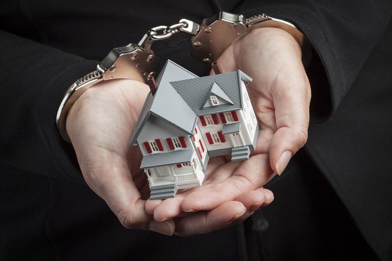 Раскрываемость мошенничеств с недвижимостью падает