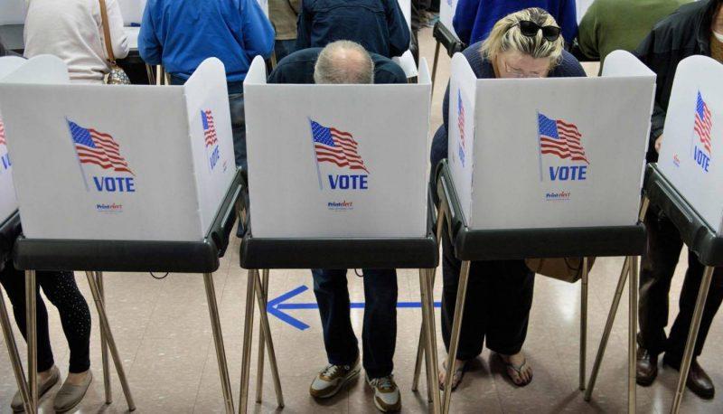 Более 1 млн американцев уже проголосовали на выборах