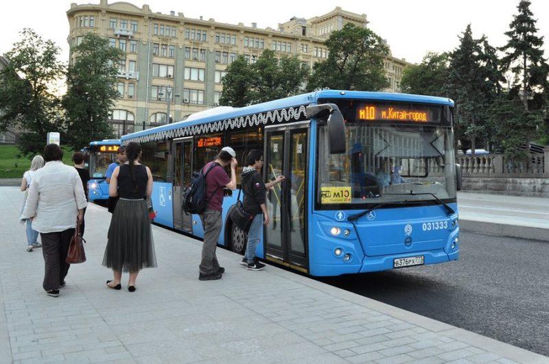 По словам Максима Ликсутова, в условиях пандемии московский общественный транспорт безопасен для пассажиров
