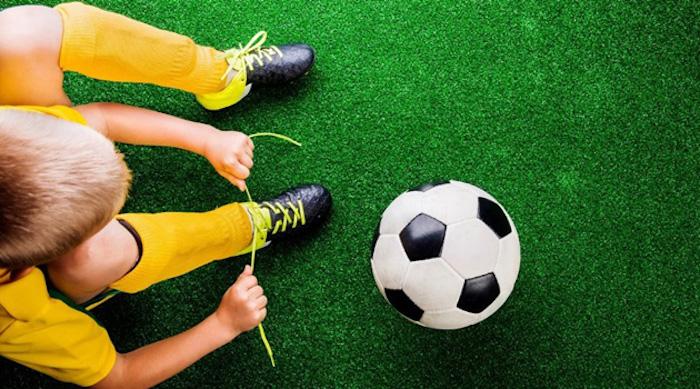 В онлайн-соревнованиях по футболу приняли участие 1,4 тысячи столичных школьников