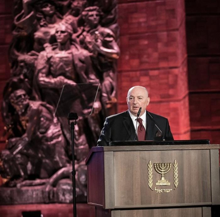 Президент ЕЕК Вячеслав Моше Кантор призвал руководство ЕС обеспечить в приоритетном порядке вакцинацию от COVID-19 для выживших в Холокосте