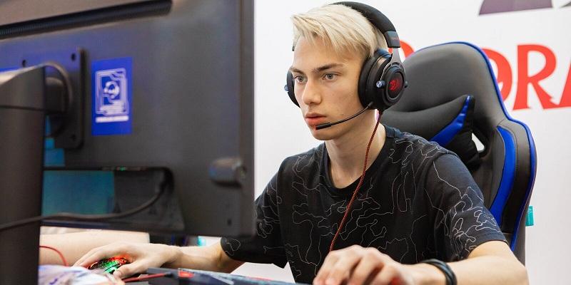 Столичных школьников приглашают на Зимний турнир по киберспорту