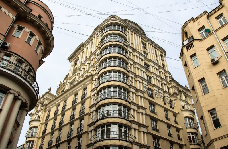 Риэлторы: в Москве элитное жилье продается лучше, чем до пандемии