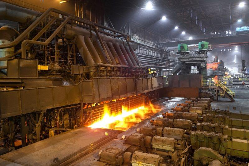 Кабмин повысит налоги на сверхдоходы металлургов и производителей удобрений