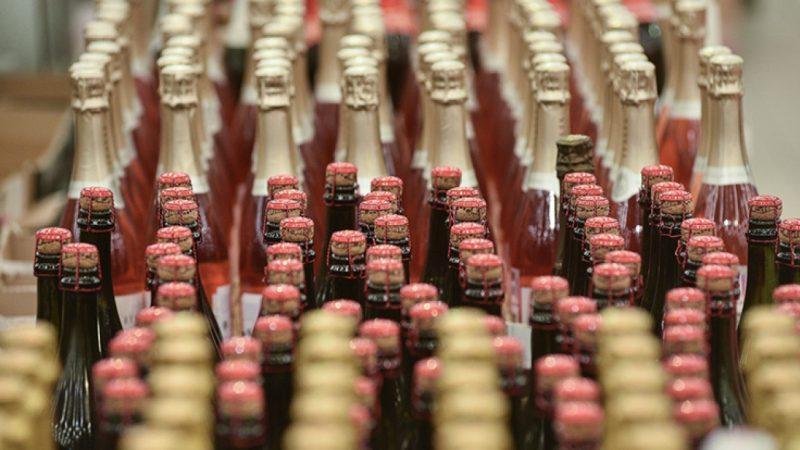Производители французского шампанского возвращаются на рынок РФ